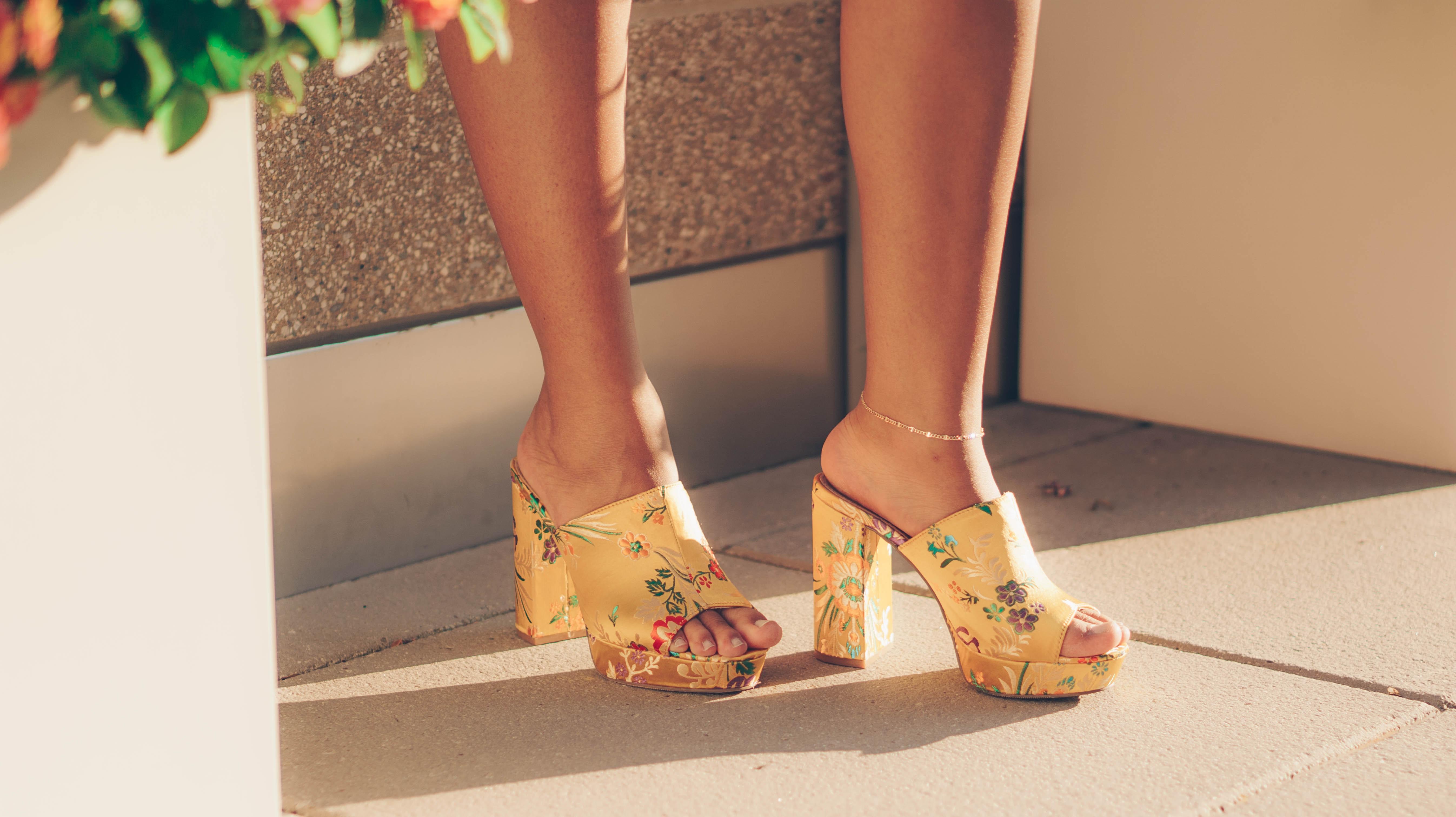 a yellow heels