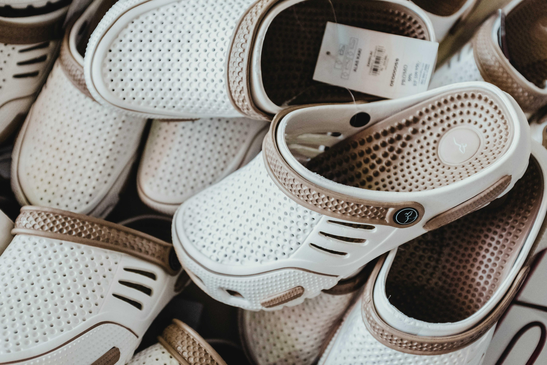 a white crocs