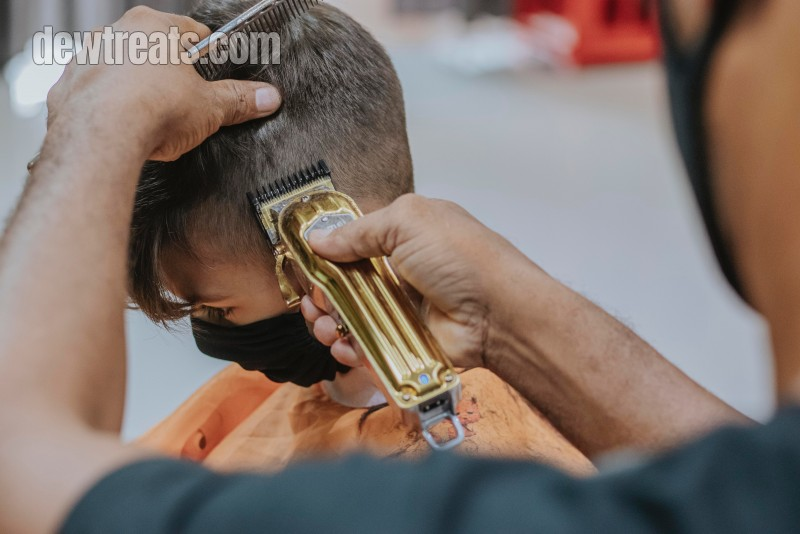 Cut Your Hair With Men Clippers At Home