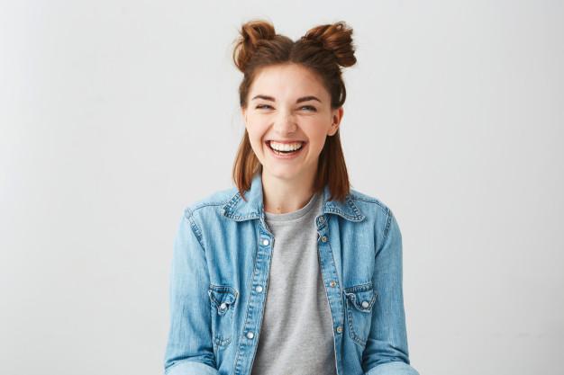 Messy bun hairstyle for short thin hair